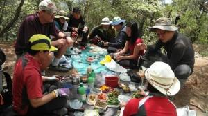 korean hikers2